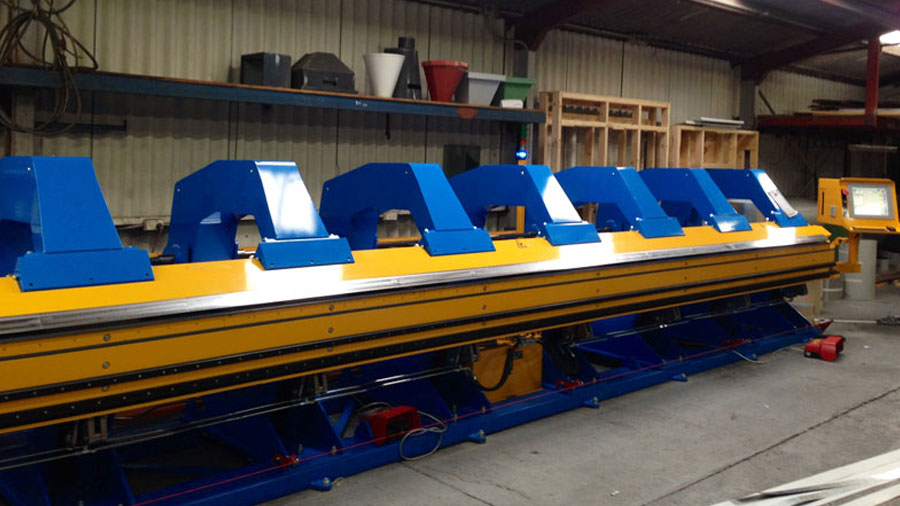 metal flashing folding machine